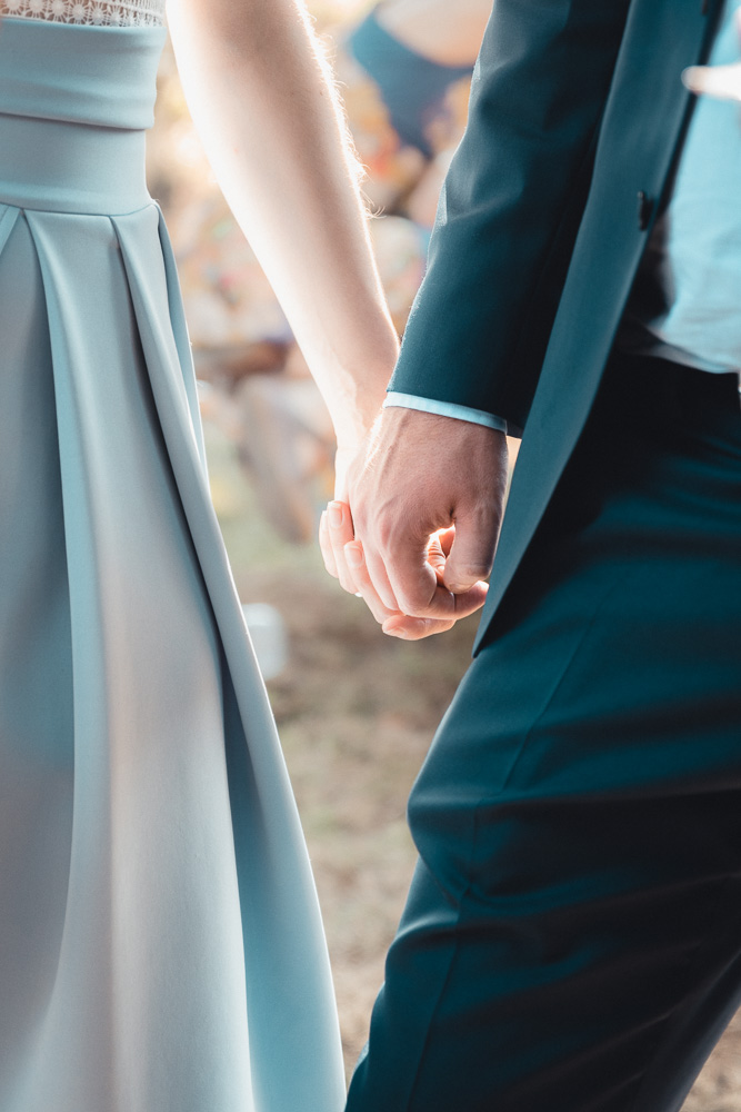 Mariage - Laisser parler son cœur, pour une journée, pour une année ou pour l'éternité. Depuis notre premier contact, jusqu'à la fin de cette fabuleuse soirée, je capturerai l'essence de ces instants dans l'écoute et le respect.