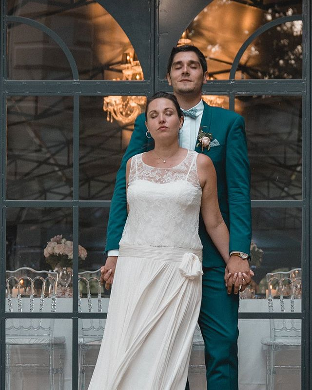 Charlotte & Cédric || Tryptique 2/3  Wedding planner : @toutdouxliste  Arrangements floraux : @drissia_artisteflorale  Make-up artist : @makeupbyjoleen ⁣ 💚 -------- ⁣  #lamarieeauxpiedsnus #LMAPN #woodenbanana #greenweddingshoes #junebugweddings #unbeaujour #donnemoitamain #queenforaday #resonanceinspiration #magnoliarouge #littlethingstheory #dirtybootsandmessyhair #blogmariage #sinspirersemarier  #inspirationmariage #fearlessphotographer #frenchweddingphotographer #weddingfrance #jaiditoui #mariage #groom #weddingphotographer #weddingstyling #weddingdetails #reportagephotography #reportagedemariage #photographedemariage #weddingpictures #weddingdress #bridetobe2019👰