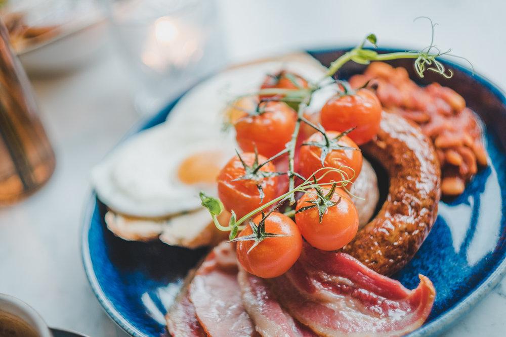 Full English Breakfast - Vegetarian & Vegan options available.