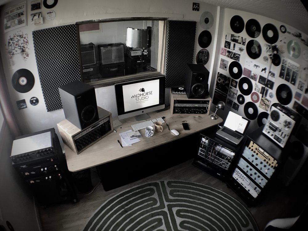 Mixing room