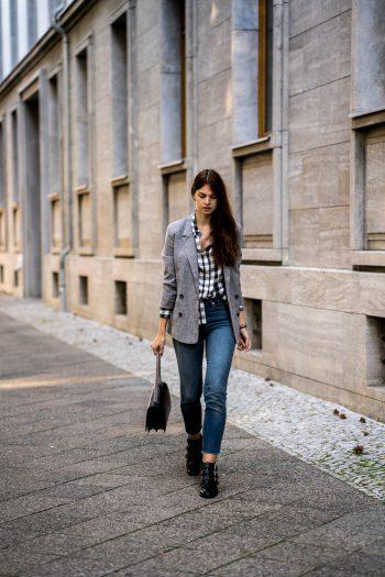 Whaelse_Fashionblog_Berlin_Plaid_Shirt_Blazer-1-350x525.jpg