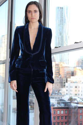 Photo: Tom Ford for Gucci Blue Velvet Tuxedo – Era Luxe