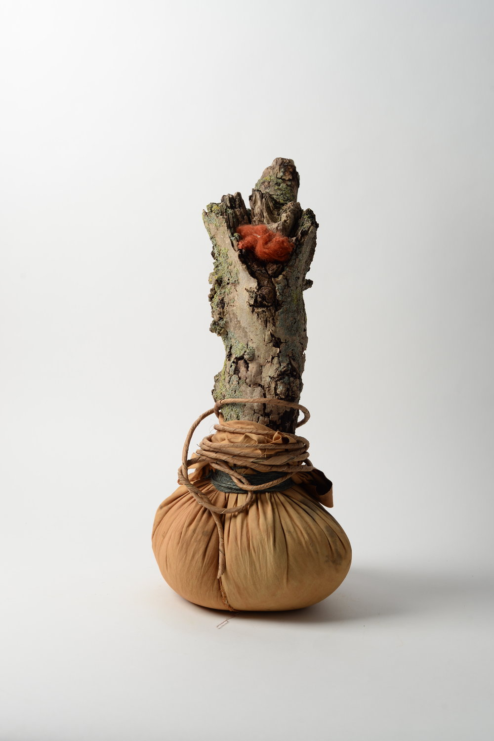 Onion Totem,  2017 oak, cotton, rice, paper rope, string, wool h45cm