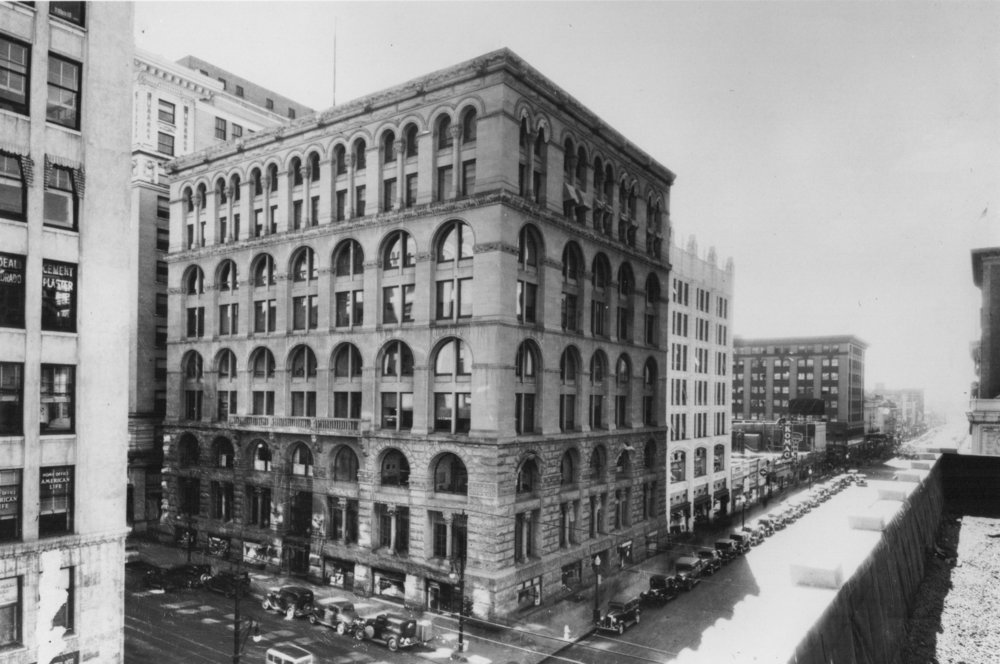 Boston Lofts building in the 1930's