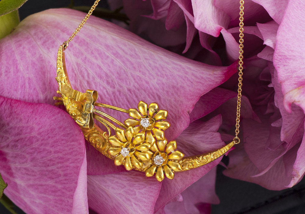 Antique 14k Yellow Gold Necklace