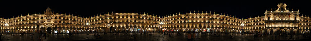 A 360 deg panorama of the Plaza Mayor in Salamanca at night