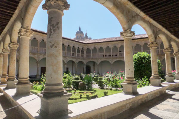 Courtyard of the Convento las Duenas, a Domincan convent, in Salamanca
