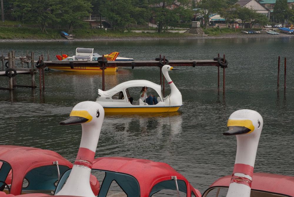 :Paddleboats on Lake Chuzenji