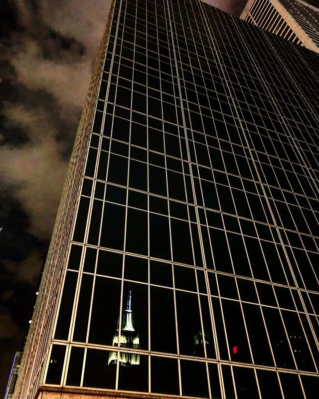 #reflections #empirestatebuilding #newyorkcity #loveit