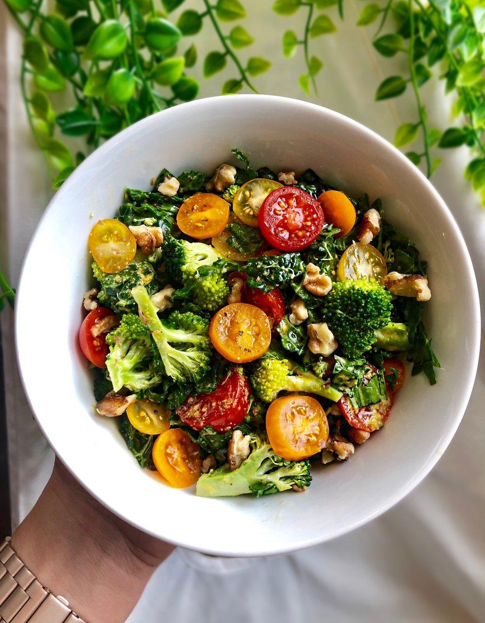 Easy Cheesy Garlic Kale Salad.JPG