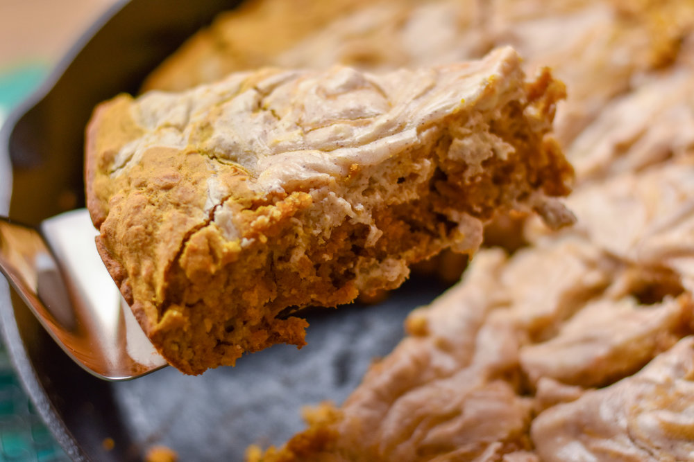Brown Sugar Skillet Pumpkin Bread with Cinnamon Cream Cheese Swirl