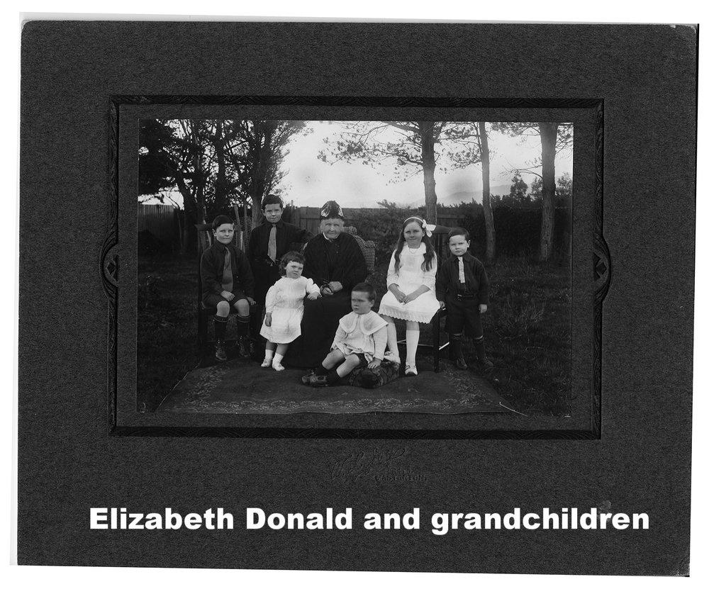 Elizabeth and Gr-children Keith, Rob, Flora, Eliz, Hector, Jean, Bruce small.jpg