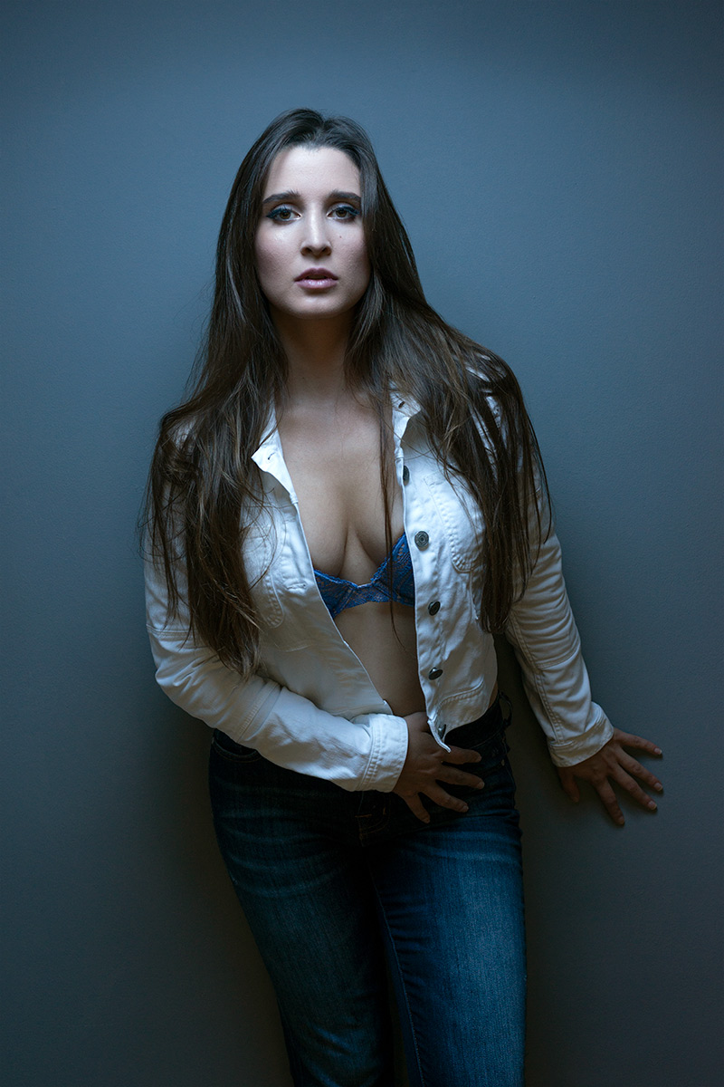 Carla-Pimentel-editorial-portrait-white-jacket.jpg