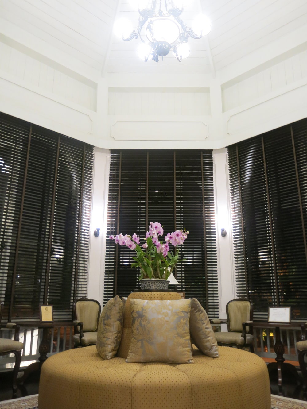 Lecture room next to the lobby