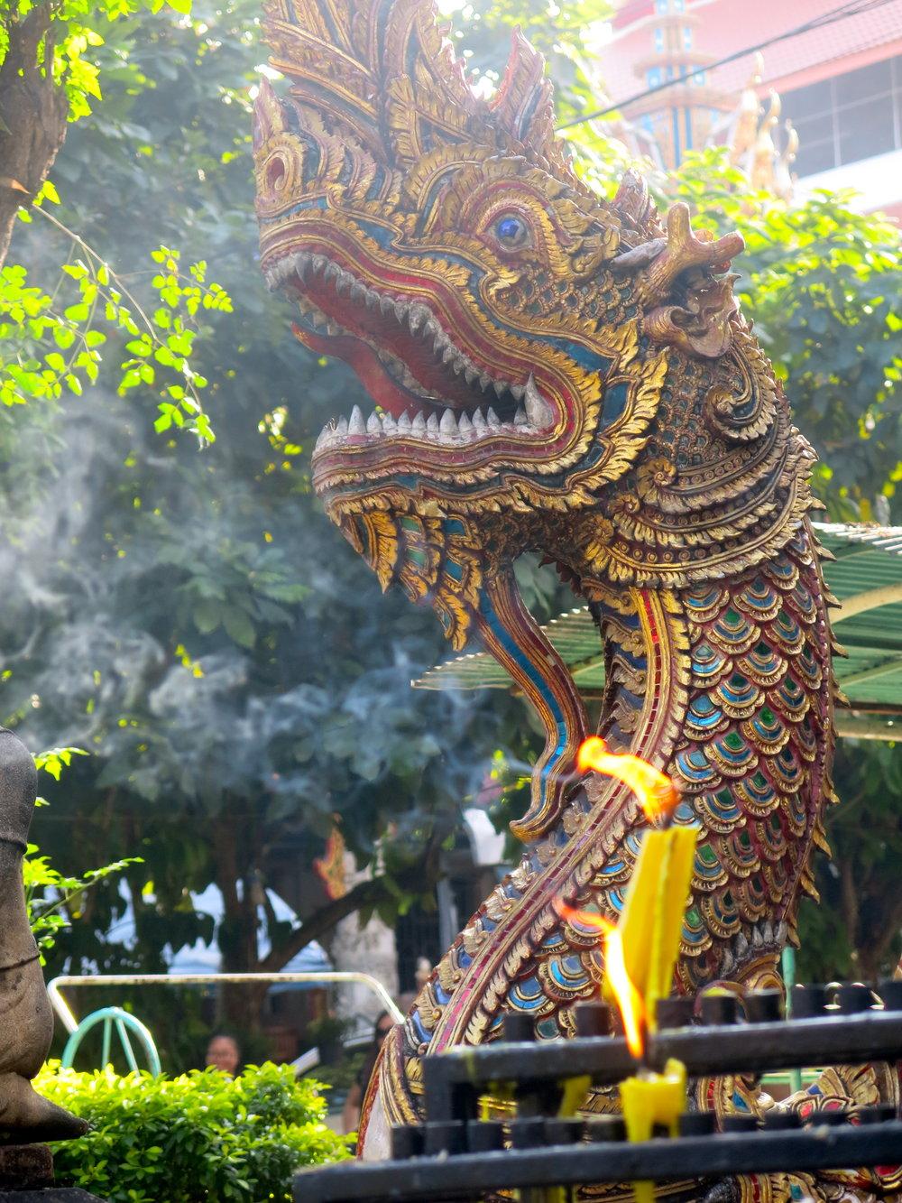 dragon-figure-buddhist-temple.jpg