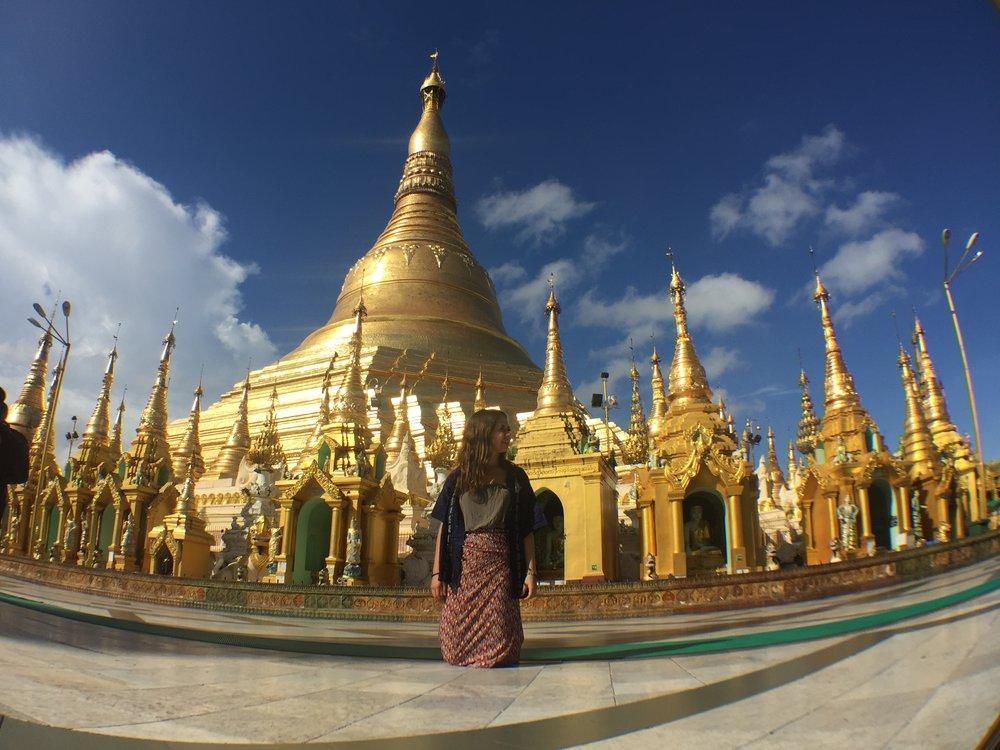 Yangon - Myanmar es un país al que tienes que ir psicológicamente preparado, tiene tesoros hermosos pero salio del comunismo hace poco entonces las condiciones son trágicas y de extrema pobreza.