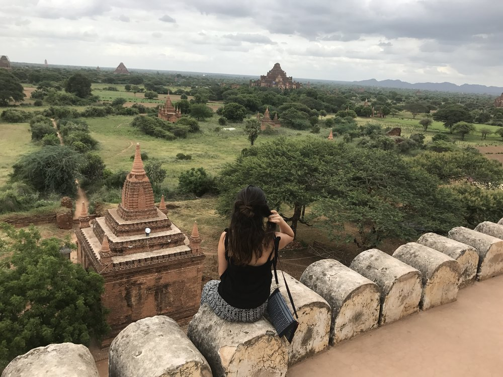 Bagan - Las vistas de Bagan me dejaron con la boca abierta, me llamó demasiado la atención de como en un ricón del mundo puede estar oculta tanta belleza.