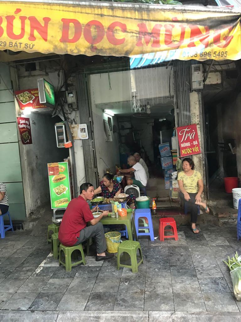 Hanoi - Una ciudad muy diferente en donde a pesar de la pobreza, abunda la alegría y es de las ciudades con más buena vibra que conozco.