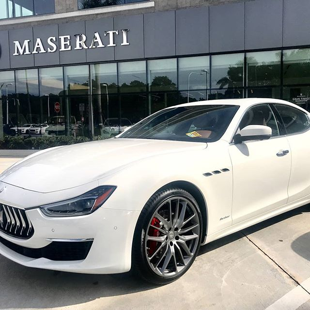 POW!!!💥 CMC_delivers_beautiful_Maserati#to_happycustomer#