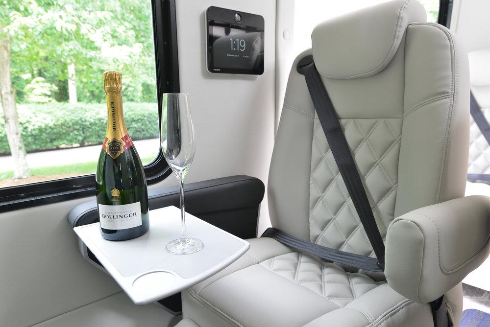 Jitterbug_Champagne.jpg