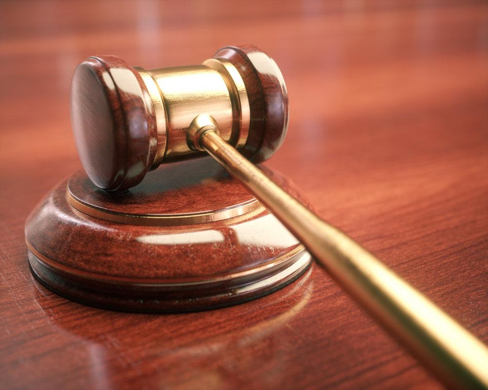 judge-hammer-gavel-bid-auction-PAJDD7J.jpg