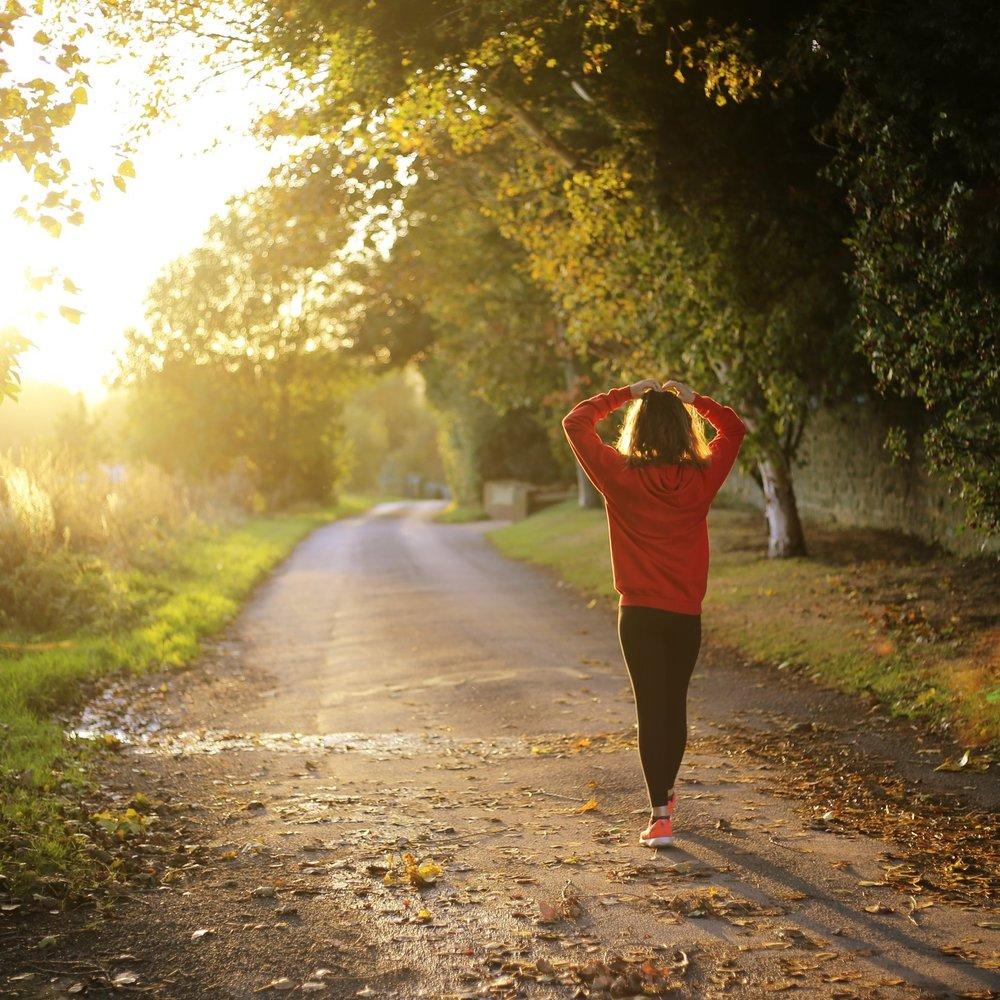 Secondo Step - Lo sappiamo: l'attiva fisica è fondamentale, la vera rivelazione è che non servono ore di stressanti sessioni in palestra, basta una bella camminata a passo veloce e sono sufficienti solo 40 minuti!