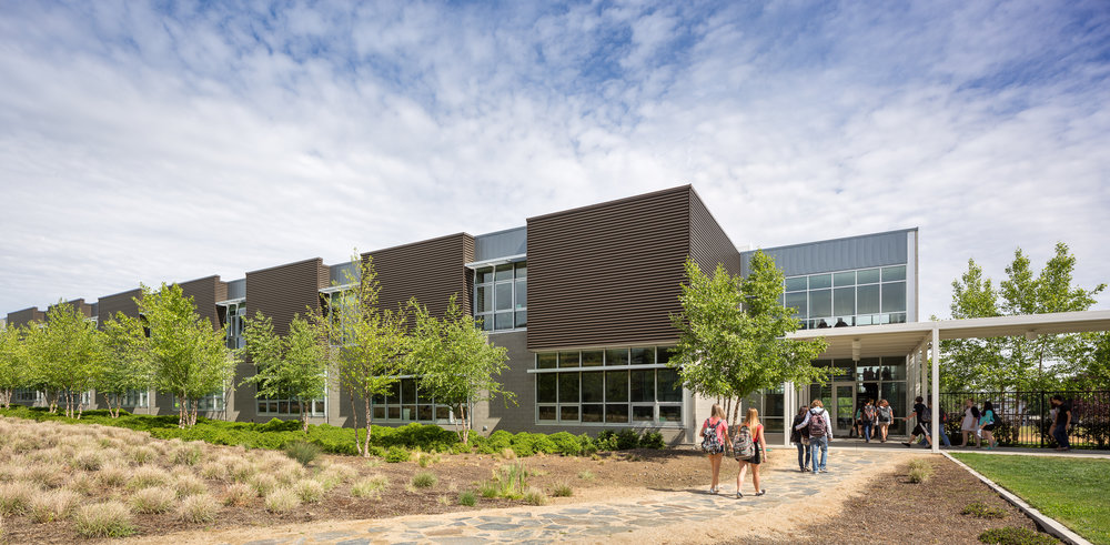 South Medford High School / Mahlum Architects