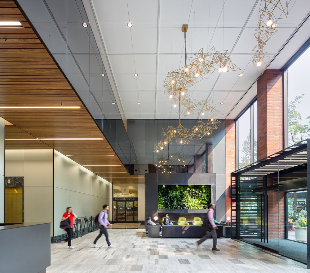 Umpqua Bank Plaza / ZGF Architects