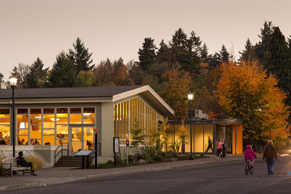 Lewis & Clark College - Fields Dining Hall / Holst Architecture