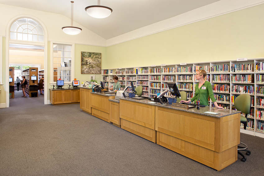 BelmontLib_JoshPartee_7598_librarians_desk.jpg