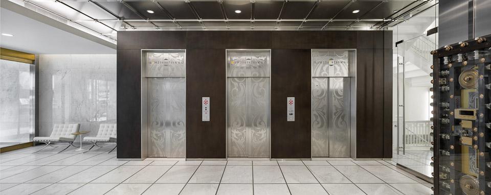 Spalding-JoshPartee-5652-whole-lobby.jpg