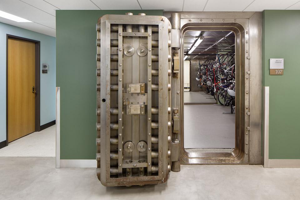Spalding-JoshPartee-6068-bike-vault.jpg