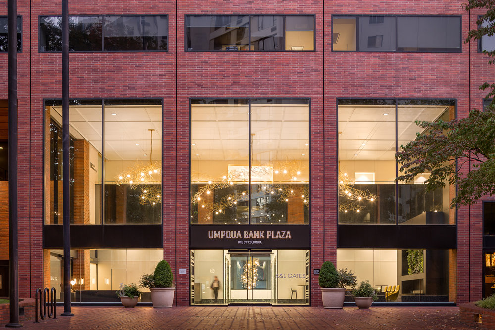 Umpqua Bank Plaza - Lobby / ZGF Architects