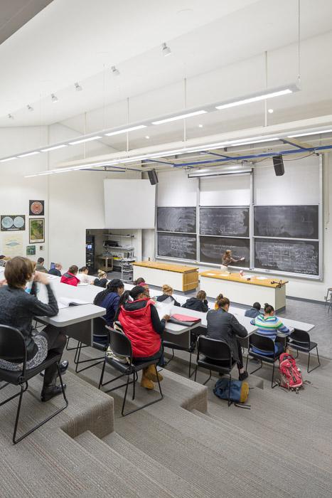 LewisClark-Lab-JoshPartee-3828-lecture.jpg