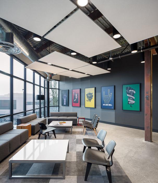 NikeFuel-JoshPartee-2412-corner-lounge.jpg