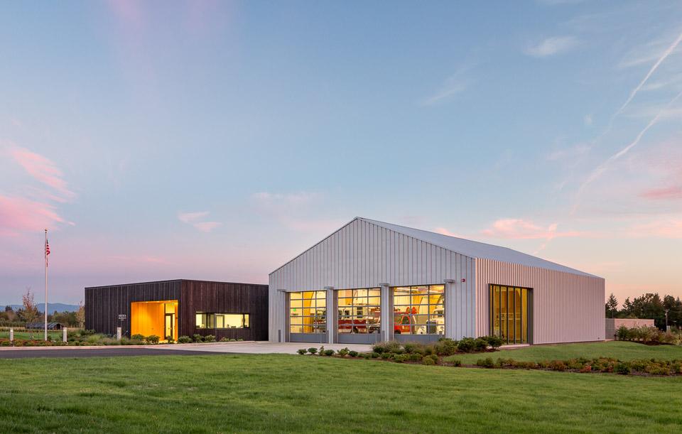 Fire Station 76 / Hennebery Eddy Architects