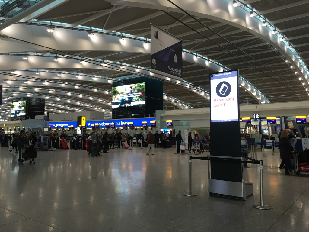 Heathrow mobile display solution