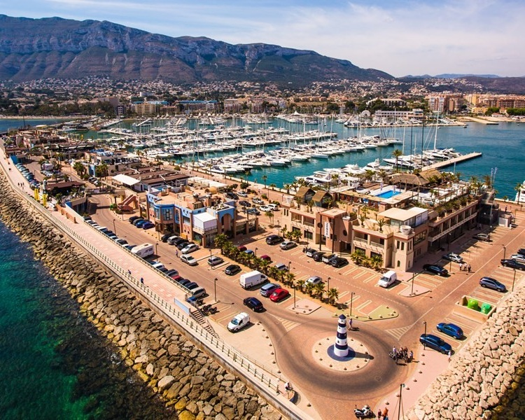 4). Dénia - Encompass with historic places, spectacular scenery and magnificent eateries, Dénia is the destination to simply enjoy life. The fresh air and visiting the city itself will make you crave exploring this area and tastes the delicious local cuisines.
