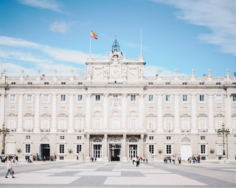GRAND REAL ESTATE OPTIONS - Not only helping the Spanish Economy, this investment is a great and quick route to obtaining the privileged Spanish residency, while enjoying the quality real estate options that Spain has to offer.