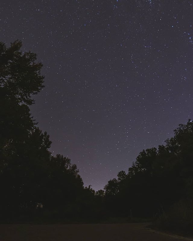 I like the night. Without the dark, we'd never see the stars. . . . . .  #nightsky #ig_nightphotography #astrophotography #universetoday #nightscape #fs_longexpo #longexpoelite #rsa_night #starrynight #milkywaygalaxy #stargazing #skymasters #longexposure_shots #astrophoto #nightimages #milkywaychasers #nightshooters #natgeospace #night_shooterz #ig_astrophotography #longexpo #nightscaper  #canonphotos #canoneos #canonrebel #canonphotographer #focalmarked