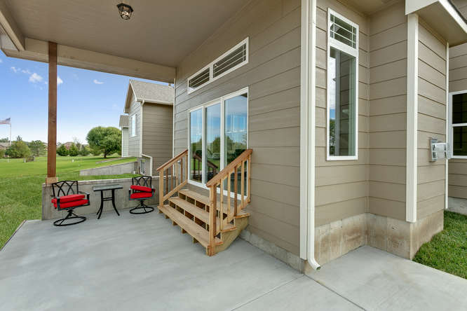 6310 Driftwood Wichita KS-small-033-18-Outdoor Living Area-666x444-72dpi.jpg