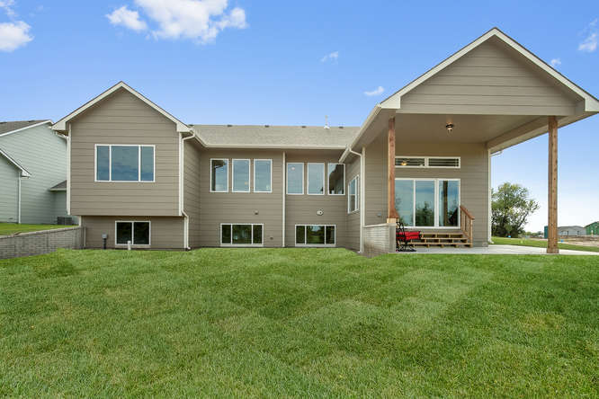 6310 Driftwood Wichita KS-small-034-33-Rear Exterior-666x444-72dpi.jpg