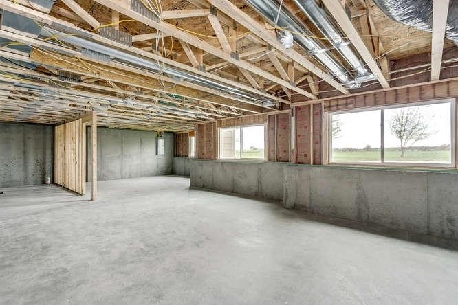 4315 N Ridge Port St Wichita-small-033-30-Unfinished Basement-666x445-72dpi.jpg