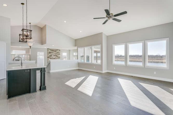 6009 Driftwood Wichita KS-small-005-8-Living Room-666x445-72dpi.jpg