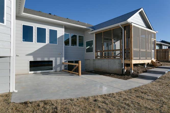 6009 Driftwood Wichita KS-small-034-32-Patio-666x445-72dpi.jpg