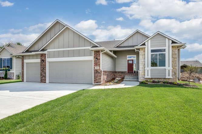 4312 N Ridge Port St Wichita-small-002-3-Front Exterior-666x444-72dpi.jpg