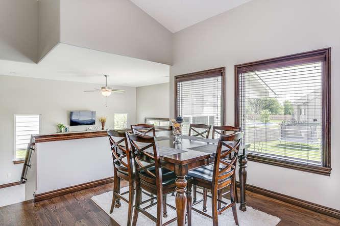 4312 N Ridge Port St Wichita-small-008-26-Dining Room-666x445-72dpi.jpg