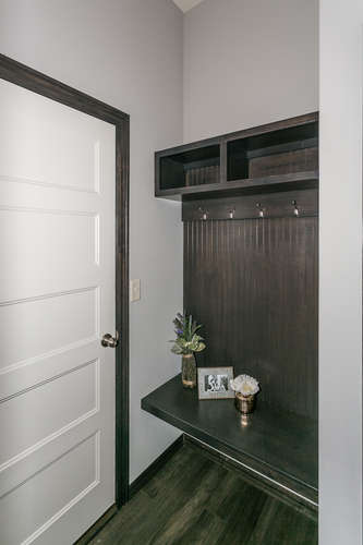 4311 N Ridge Port St Wichita-small-015-3-Mudroom-334x500-72dpi.jpg