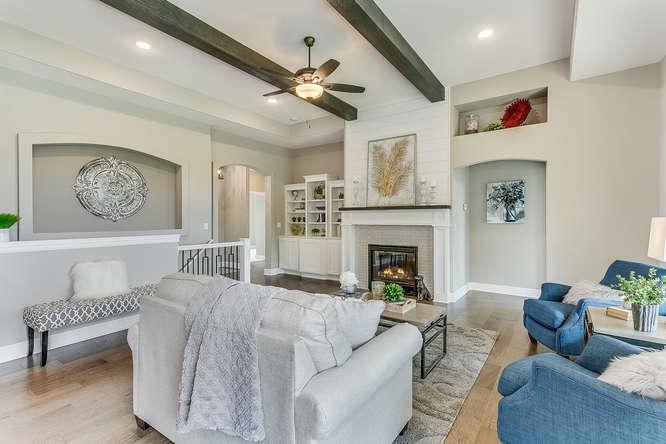 6313 Driftwood Wichita KS-small-007-31-Living Room-666x445-72dpi.jpg