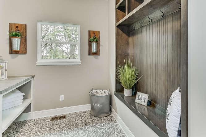 6313 Driftwood Wichita KS-small-015-14-BathroomLaundry-666x445-72dpi.jpg